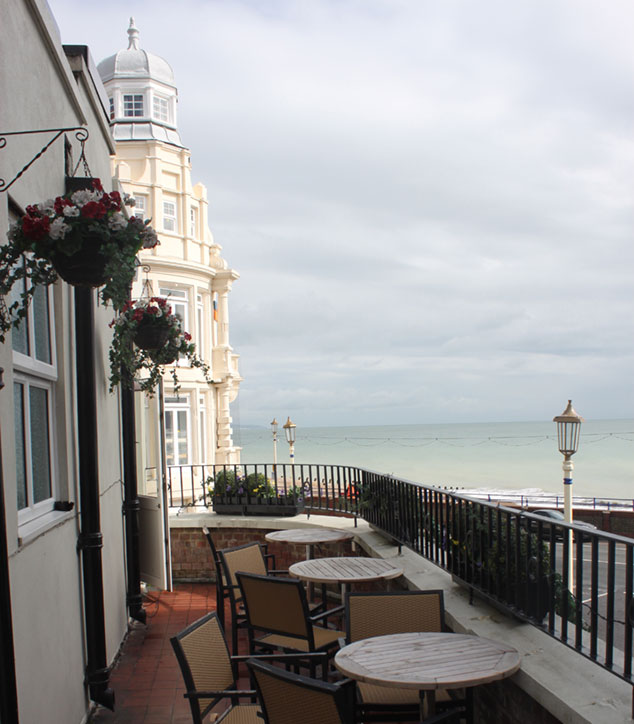 Crown & Anchor Pub Eastbourne Balcony
