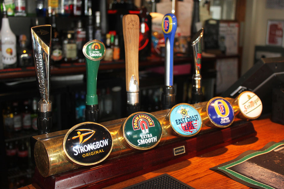 Crown & Anchor Pub Eastbourne Draught Beers