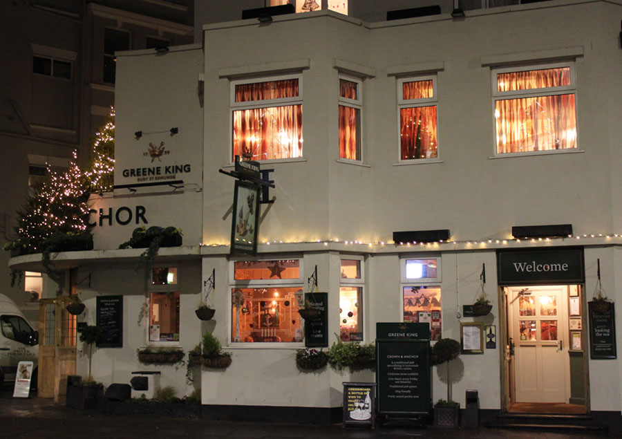 crown-anchor-eastbourne-outside-christmas-2015