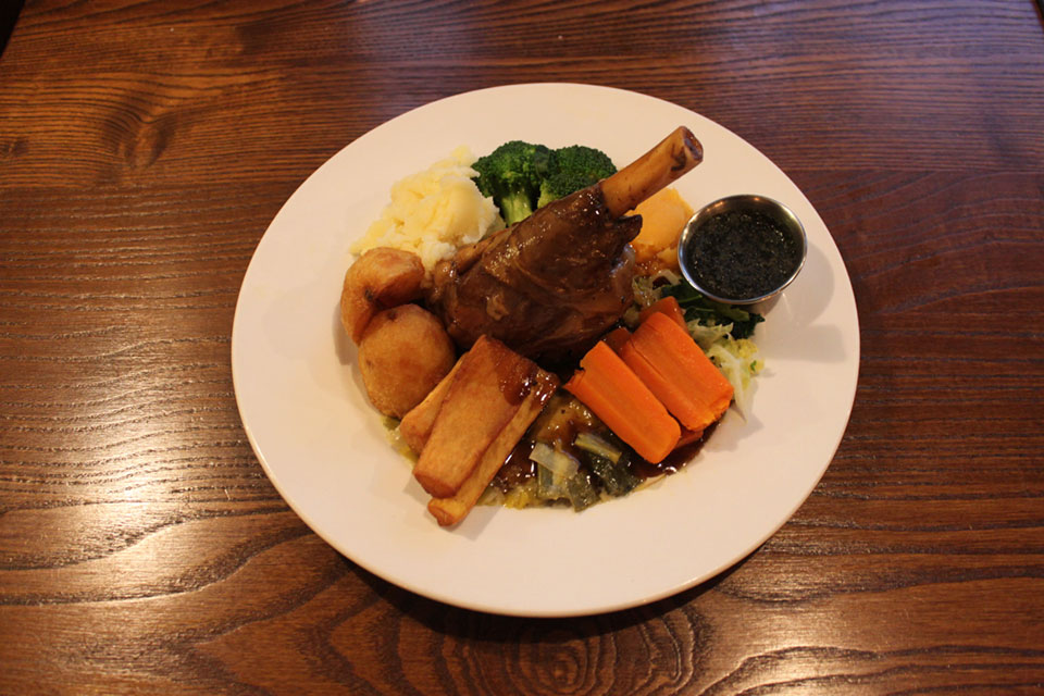 Crown & Anchor Eastbourne Lamb Shank