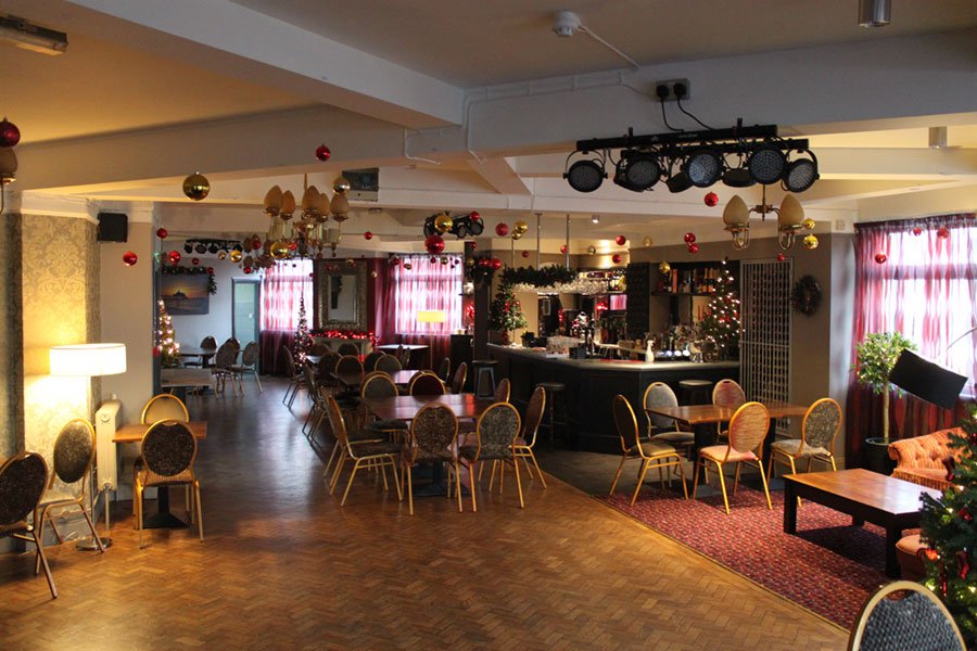 Crown & Anchor Pub Eastbourne Function Room at Christmas