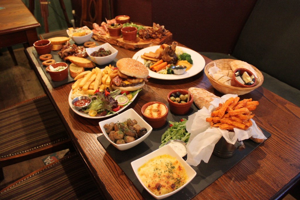Food at the Crown & Anchor pub Eastbourne