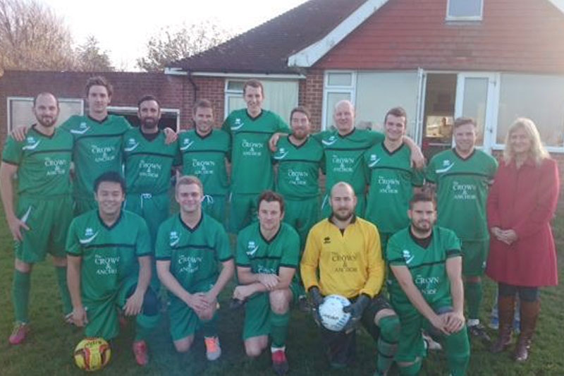 Willingdon Football Team - Sponsored by The Crown & Anchor Pub in Eastbourne